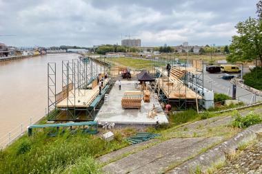 La piscine en construction le long du canal d'Anderlecht.  - ©Pool Is Cool