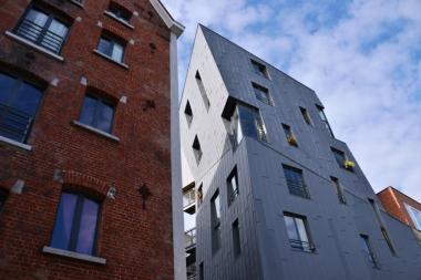 Gigogne - Immeuble contenant 31 logements-ateliers pour artistes - Rue du Cheval Noir 17 - ©ADT-ATO/Julien Timmermans