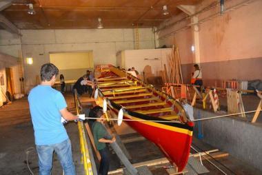 De Zinneke in opbouw in het Byrhh-gebouw. - ©Maritiem Atelier