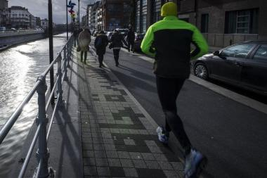 De kanaaloevers zijn een ideale plek om te joggen. - ©SAU-MSI/Reporters